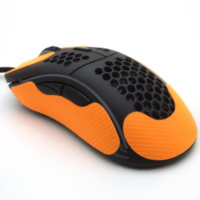 Grip pour souris Glorious model D de la marque TrueGrip - vue arrière